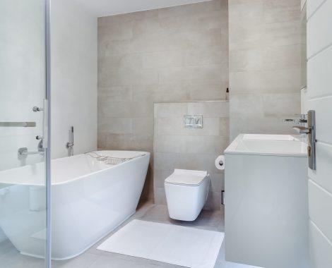 bathroom-interior-1457847