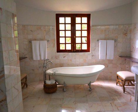 tiles-window-bathroom-marble-105934
